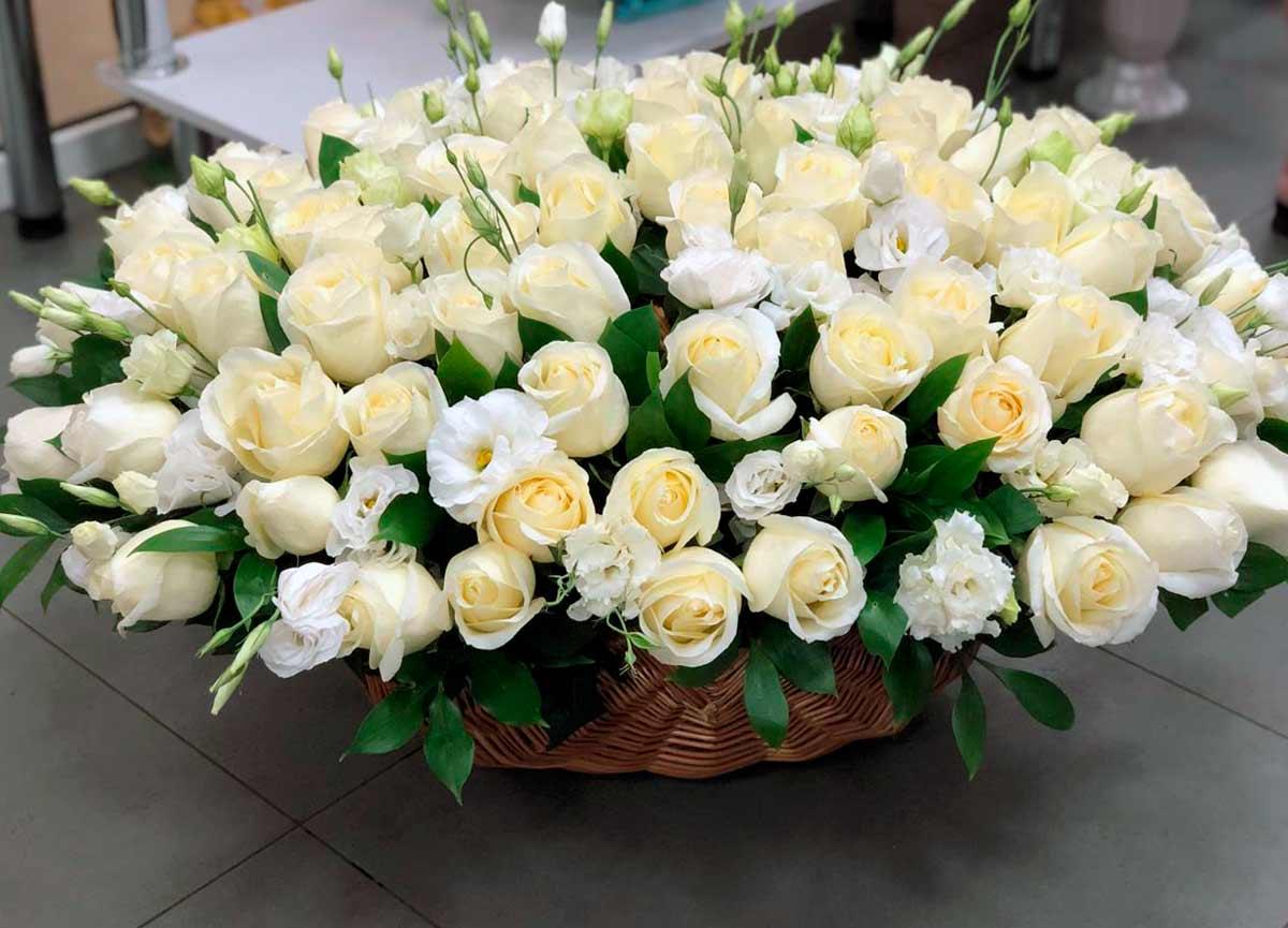 Заказать букет роз в Москве